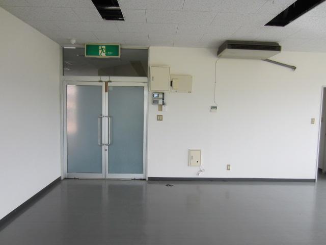 入口(2)