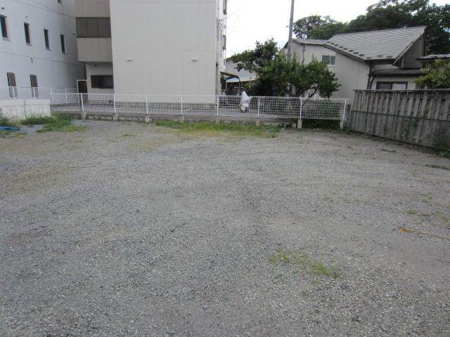 原 駐車場