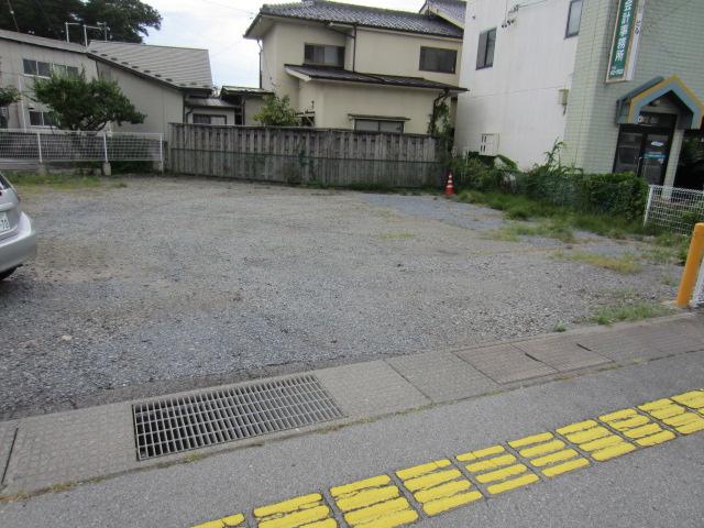 原 駐車場(3)