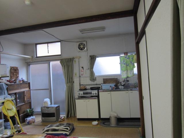 1F和室・キッチン