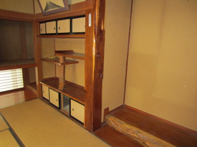 1階和室・床の間